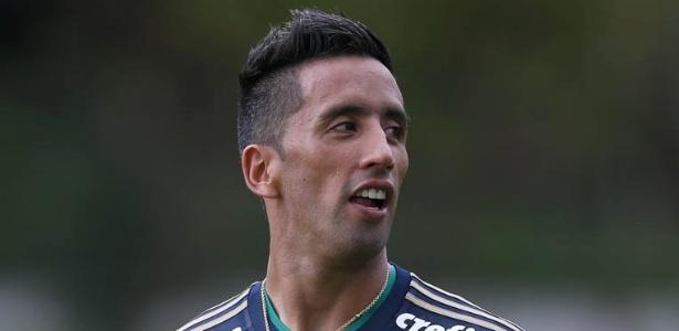 Barrios deve ser o substituto de Gabriel Jesus contra o Sport