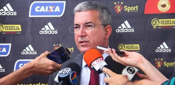 Arnaldo Barros, presidente do Sport