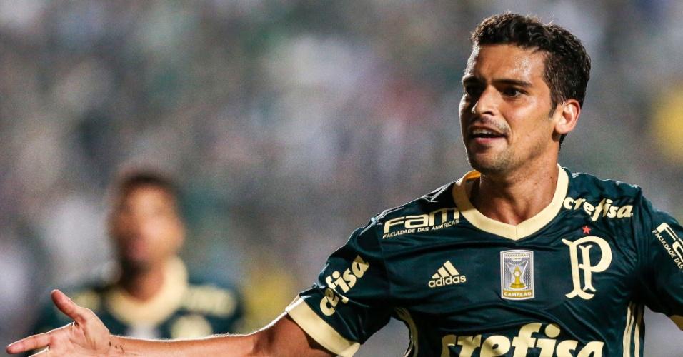 Gol de Jean deu a vitória ao Palmeiras sobre o Coritiba no Pacaembu
