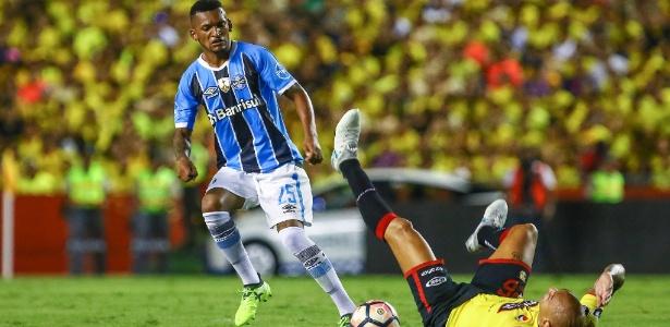 Volante foi retirado dos jogos contra América-MG e Sport em virtude da negociação