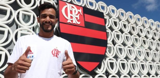 Dourado fará a estreia com a camisa do Flamengo justamente contra o Botafogo