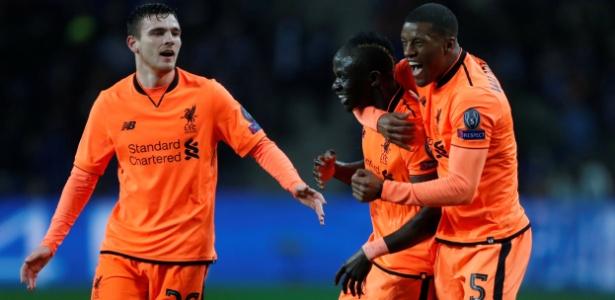 Sadio Mané comemora gol do Liverpool sobre o Porto