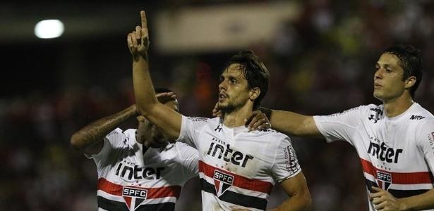 Rodrigo Caio marcou o terceiro gol da vitória sobre o CRB na última quarta