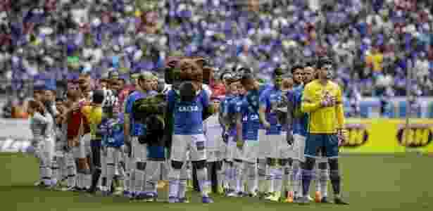 112ed773dc Thiago Neves comanda vitória e Cruzeiro carimba vaga para decisão ...