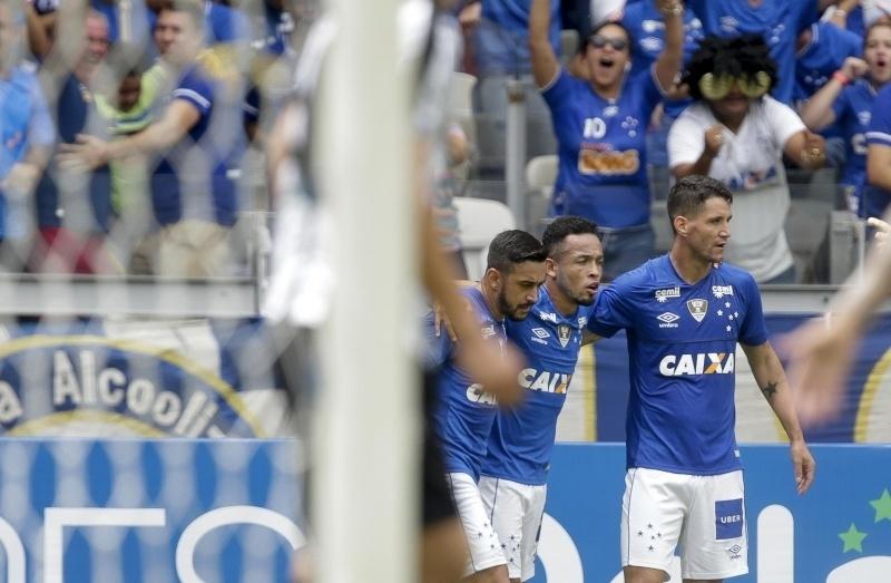 573b4d432e Thiago Neves comanda vitória e Cruzeiro carimba vaga para decisão mineira -  25 03 2018 - UOL Esporte