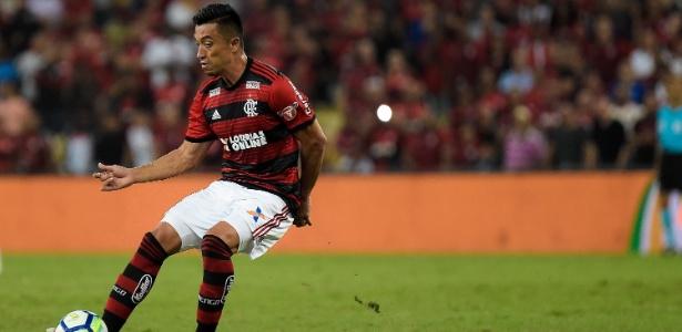 Flamengo  Uribe nega ser dono da  camisa 9  e elogia concorrência no ... 738bd6e03a31a