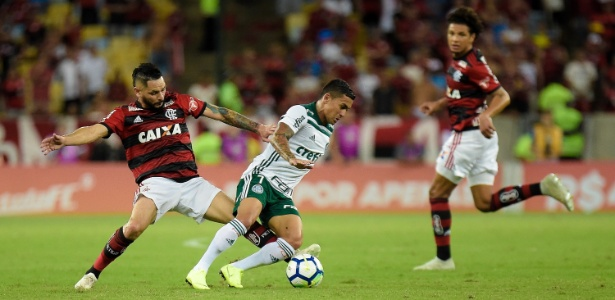 Pará marca Dudu durante jogo do Flamengo contra o Palmeiras - Thiago Ribeiro/AGIF