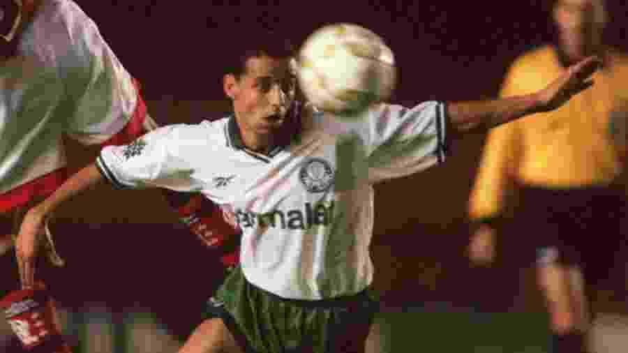 Euller defendeu o Palmeiras no final dos anos 90 e ganhou uma Libertadores - Matthew Ashton/EMPICS via Getty Images