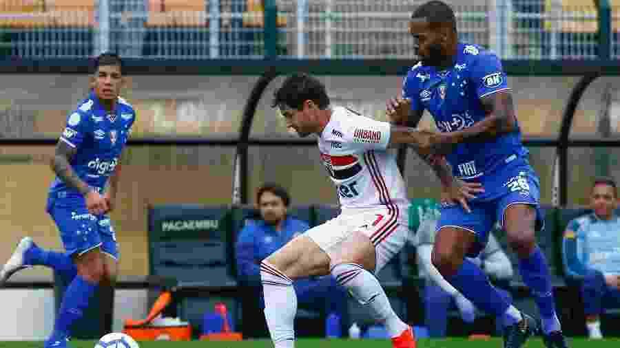 No duelo do primeiro turno, equipes empataram por 1 a 1 em jogo disputado no Pacaembu - Marcello Zambrana/Agif