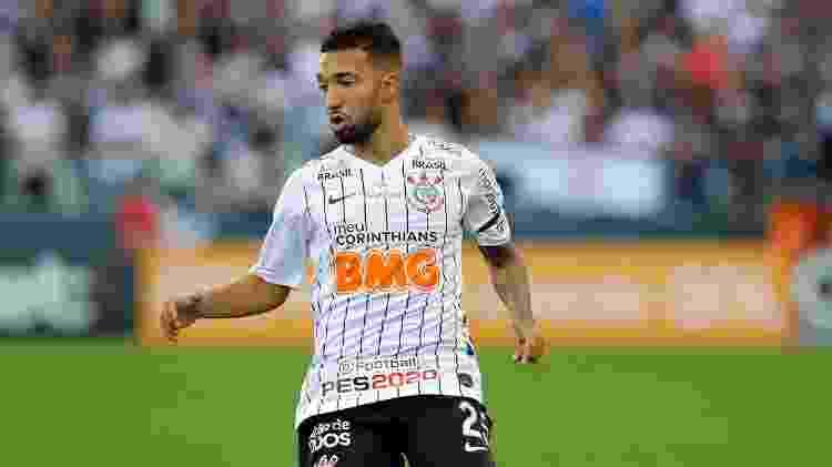 Clayson em ação pelo Corinthians - Daniel Vorley/AGIF - Daniel Vorley/AGIF