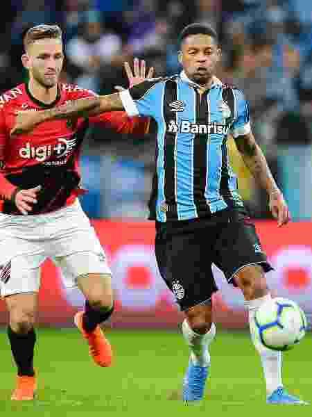 André, durante partida entre Grêmio e Athletico, jogo transmitido pela TV Globo para todo Brasil - Pedro H. Tesch/AGIF