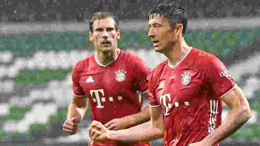Lewandowski comemora gol do Bayern de Munique contra o Werder Bremen - Martin MEISSNER / POOL / AFP