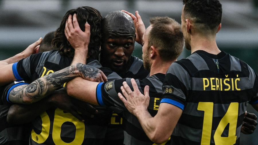 Lukaku, Darmian e Sanchez fizeram os gols da Inter - Filippo Monteforte/AFP