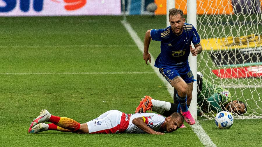 Bruno José marcou para o Cruzeiro no duelo com o Juazeirense no Mineirão pela Copa do Brasil - Alessandra Torres/AGIF