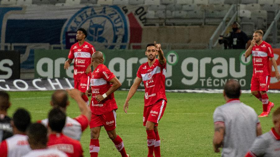 Primeiro gol do jogo foi marcado por Marthã, logo aos quatro minutos da partida - Alessandra Torres/AGIF