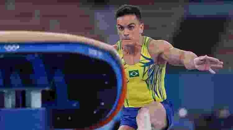 Caio Souza se classificou às finais do salto e individual geral da ginástica artística nas Olimpíadas de Tóquio - Ricardo Bufolin/CBG - Ricardo Bufolin/CBG