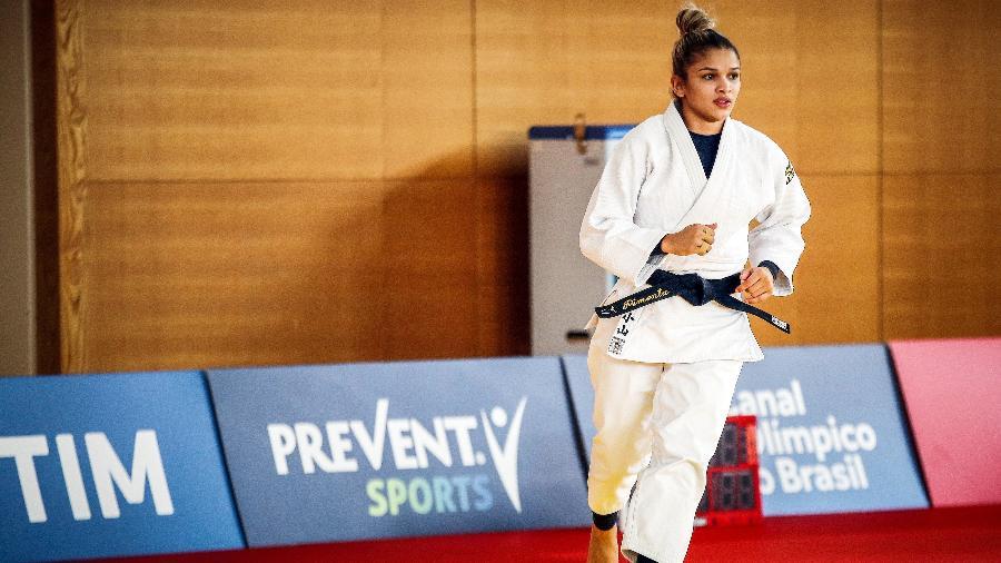 Larissa Pimenta em ação durante treino da seleção brasileira em Tóquio - Gaspar Nóbrega/COB