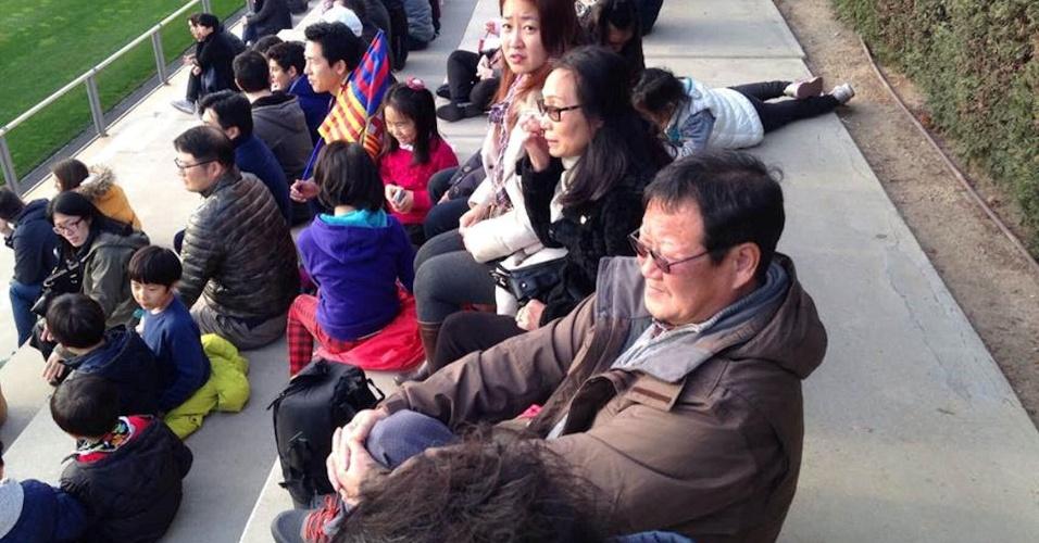 Família de Paik, outro coreano astro da base do Barça, assiste atentamente aos jogos do Juvenil A