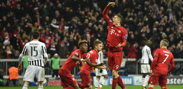 Lewandowski é artilheiro do Bayern