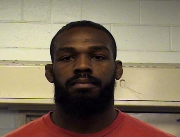 Jon Jones foi detido por supostas infrações de trânsito em Albuquerque - Reprodução/Twitter