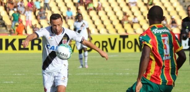 Nenê estará em campo contra o Sampaio Corrêa neste domingo - Carlos Gregório Júnior / Flickr do Vasco