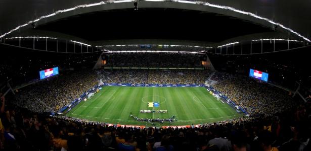 Arena Corinthians reuniu mais de 44 mil pessoas para ver Brasil x Paraguai
