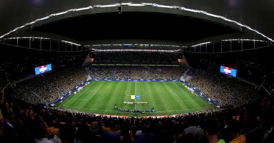 Arena Corinthians tem um público de 44 mil pessoas