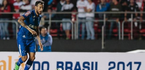 Volante foi a outra baixa na partida contra o São Paulo e perderá a fase final do Mineiro