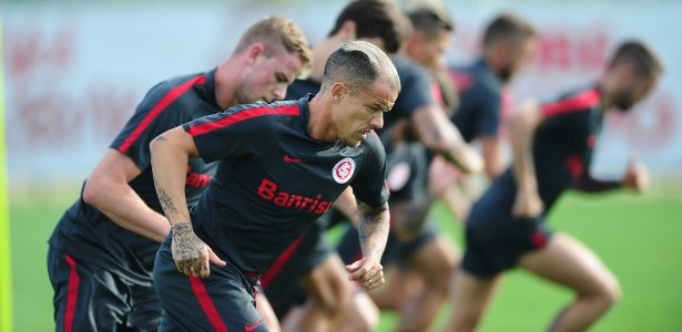 """D""""Alessandro analisou o momento do futebol mundial e lembrou de alguns companheiros - Ricardo Duarte/Divulgação SC Internacional"""