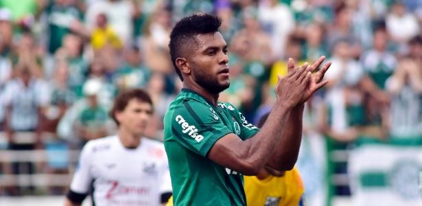 Borja desperdiça chance em Bragantino x Palmeiras pelo Campeonato Paulista