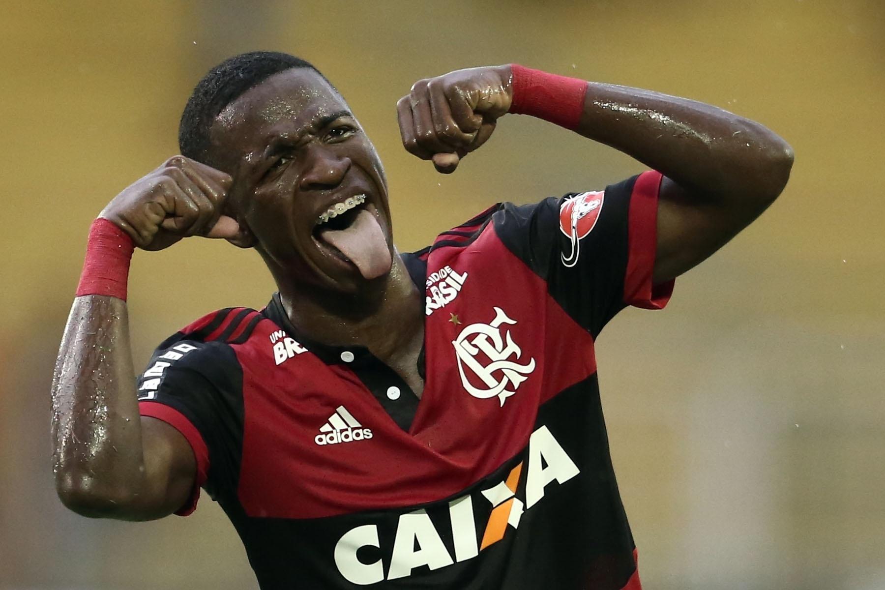 Vinicius Jr faz