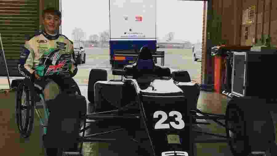 Billy Monger sofreu um grave acidente na Fórmula 4 britânica em 2017 e perdeu as pernas, mas não abandonou a carreira - @BillyMonger/Twitter