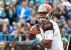 Acusado de abuso sexual, jogador da NFL é suspenso por três partidas - Grant Halverson/Getty Images