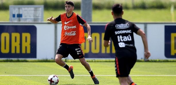 Ángelo Araos, destaque da La U, acertou contrato de quatro anos com o Corinthians - Divulgação/La Roja