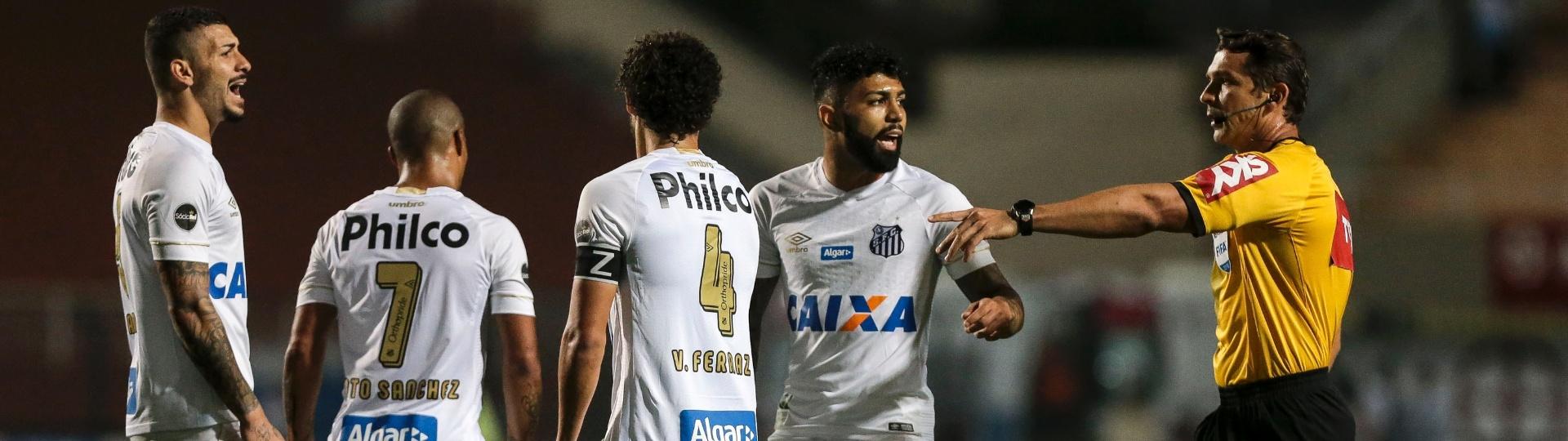 Santos reclama arbitragem Vasco Pacaembu
