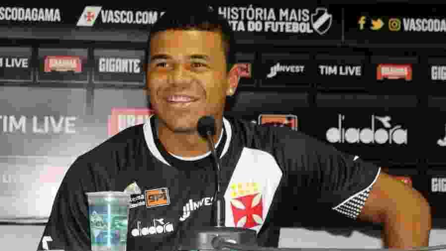 Yan Sasse acertou com o Vasco em janeiro deste ano, por empréstimo do Coritiba - Divulgação/Vasco