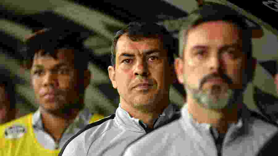 Fábio Carille conta com cinco desfalques para a partida de amanhã, sendo dois por convocações - Bruno Ulivieri/AGIF