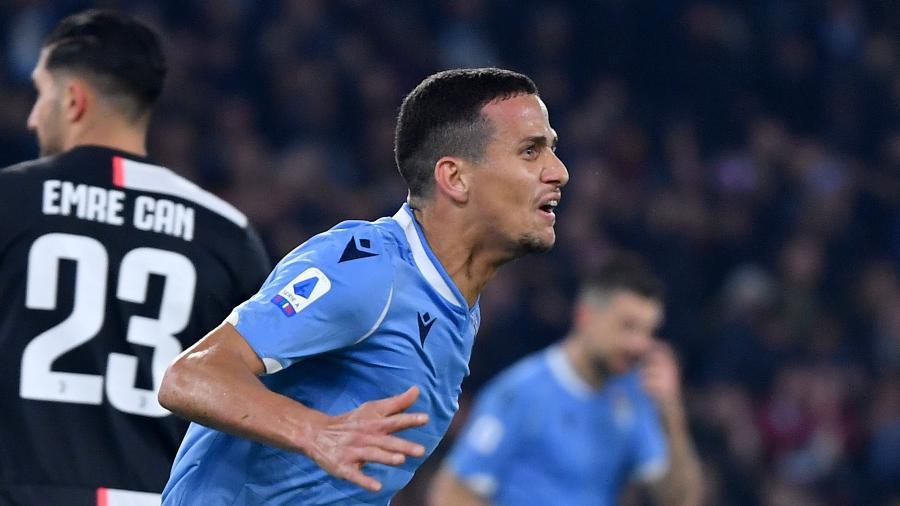 Luiz Felipe, zagueiro da Lazio, em partida contra a Juventus - Alberto Pizzoli/AFP