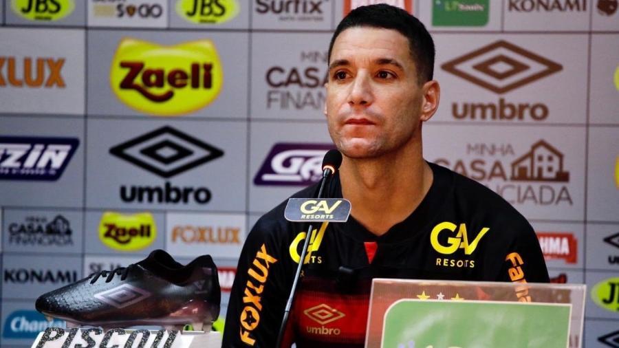 Thiago Neves esteve perto do Atlético-MG e assinou com o Sport há uma semana após deixar o Grêmio - Divulgação