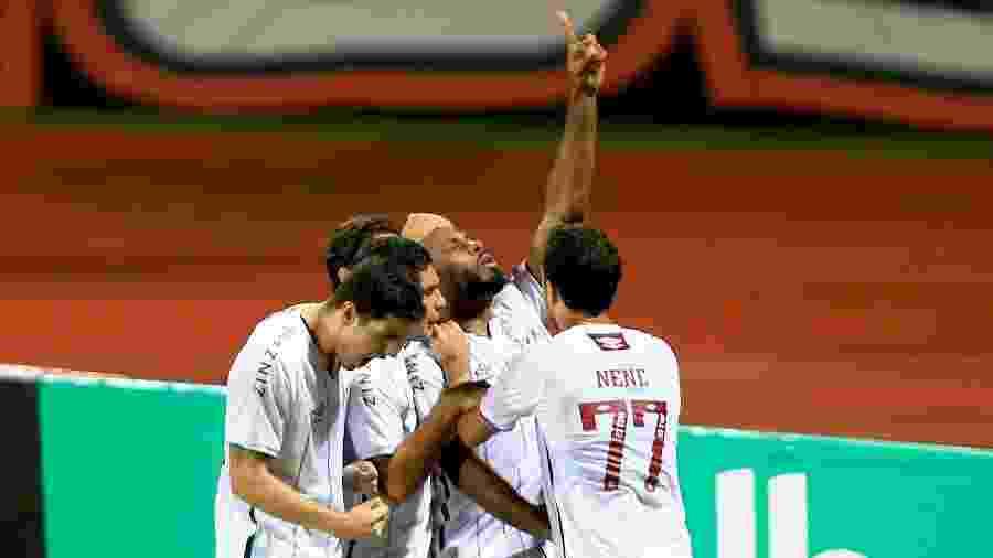 Fluminense busca aliviar a pressão contra o Coritiba após ser eliminado da Copa do Brasil pelo Atlético-GO - CARLOS COSTA/FUTURA PRESS/ESTADÃO CONTEÚDO
