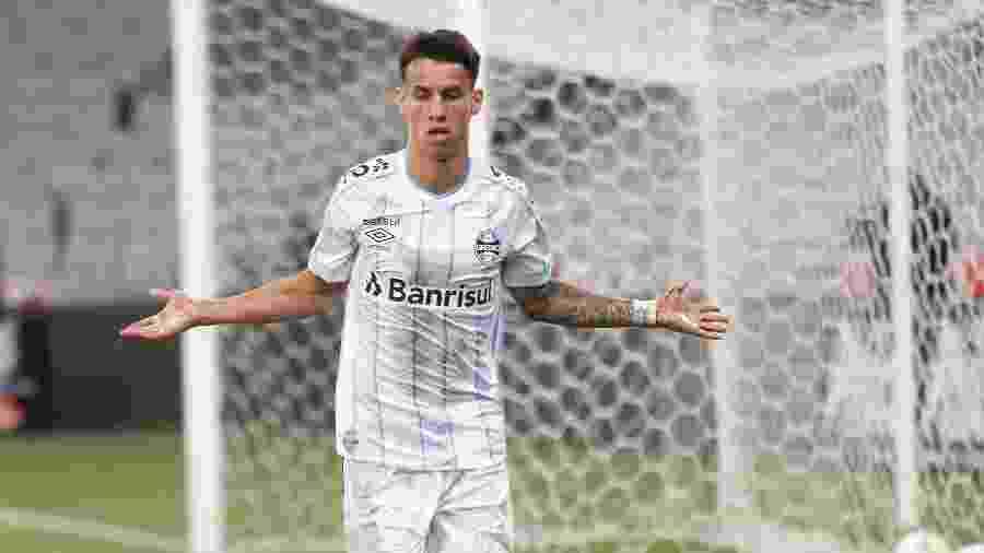 Ferreirinha retomou posto na linha de produção de atacantes de lado do Grêmio - Gabriel Machado/AGIF