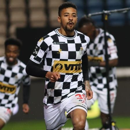 Paulinho tem contrato com o Boavista até junho de 2022 - Reprodução/@boavistaoficial