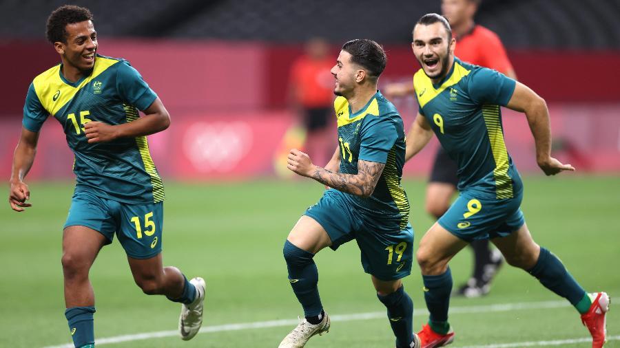 Tilio, da Austrália, comemora gol marcado contra a Argentina, no futebol masculino nos Jogos Olímpicos de Tóquio - Masashi Hara/Getty Images