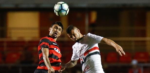 Vitória perdeu para o São Paulo nesta quinta e chegou à quarta derrota seguida no Brasileirão