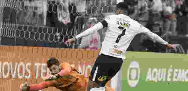 Fernando Miguel foi punido pela diretoria e está fora do jogo desta quarta - Daniel Augusto Jr/Ag. Corinthians