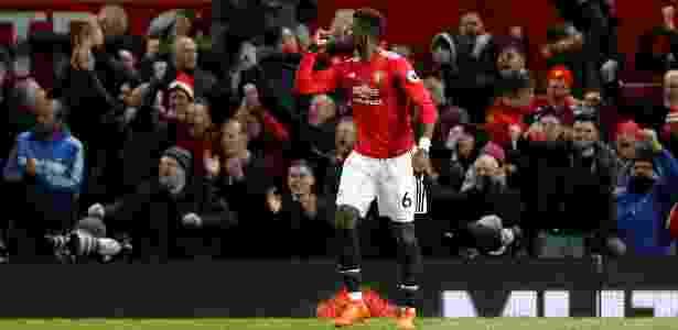 Pogba deu assistência e marcou o terceiro gol do United em retorno aos gramados - Reuters/Carl Recine