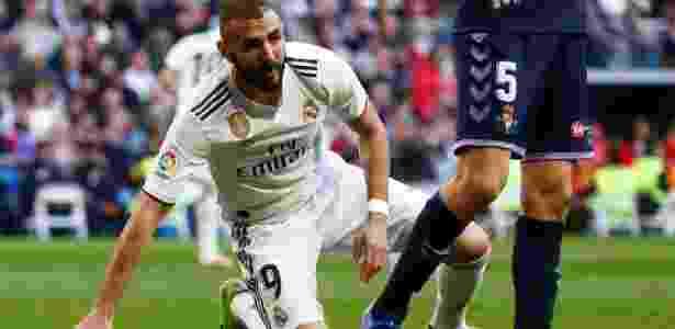 Benzema contra o Valladolid - JUAN MEDINA/REUTERS - JUAN MEDINA/REUTERS