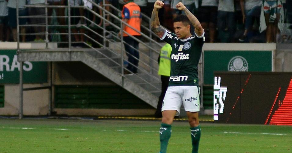 Dudu comemora gol do Palmeiras contra o Atlético-MG