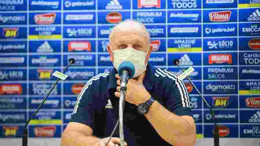 Scolari comemora vitória em Chapecó, mas segue com discurso cauteloso no Cruzeiro - Igor Sales/Cruzeiro