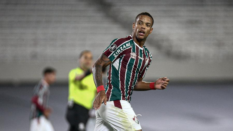 Fluminense comprou Caio Paulista e assinou cinco anos de contrato com o atacante - Lucas Mercon/Fluminense FC